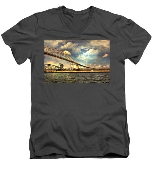 International Bridge Sault Ste Marie Men's V-Neck T-Shirt