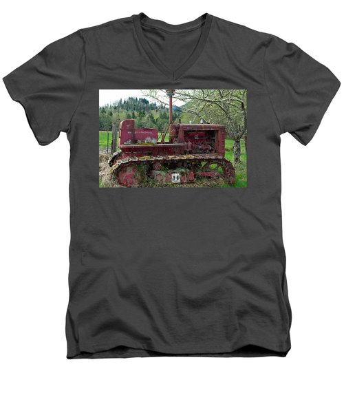 International Harvester Men's V-Neck T-Shirt