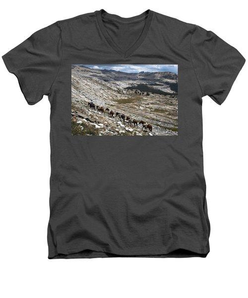 Isberg Packing Men's V-Neck T-Shirt