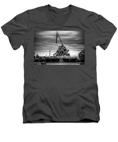 Iwo Jima Monument Black And White Men's V-Neck T-Shirt