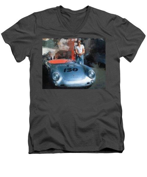 James Dean With His Spyder Men's V-Neck T-Shirt