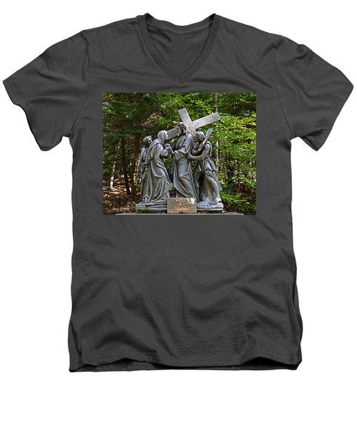 Jesus Meets His Mother Men's V-Neck T-Shirt