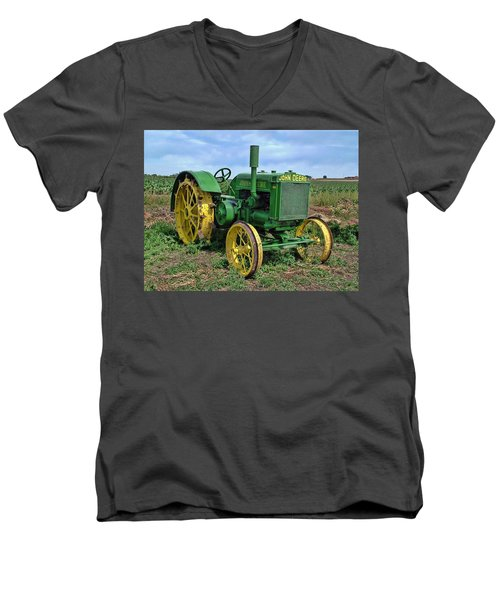 John Deere Tractor Hdr Men's V-Neck T-Shirt