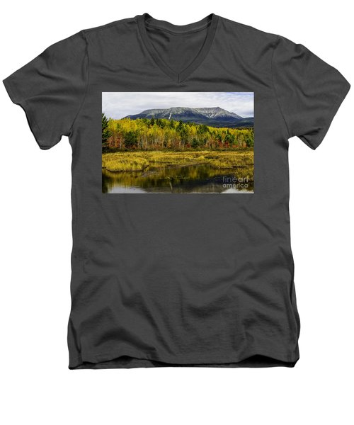 Katahdin Baxter State Park Maine Men's V-Neck T-Shirt