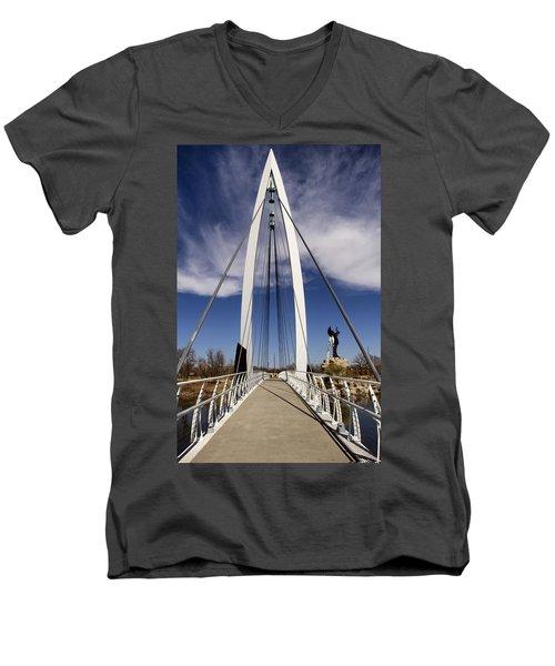 Keeper Of The Plains Bridge View Men's V-Neck T-Shirt