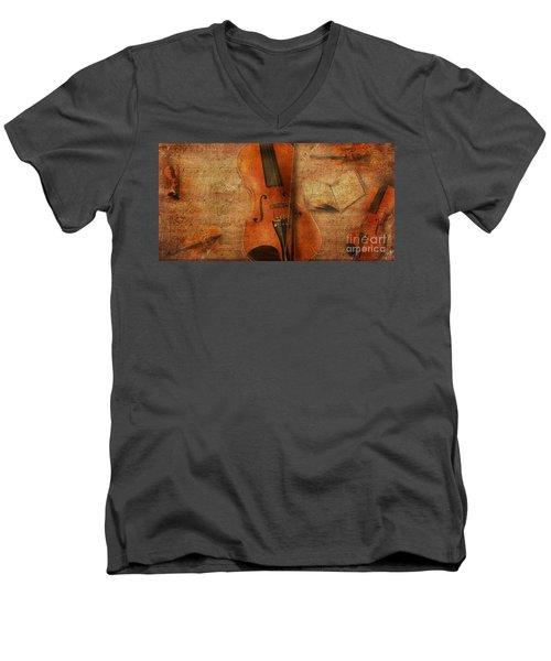Key To The Soul Men's V-Neck T-Shirt