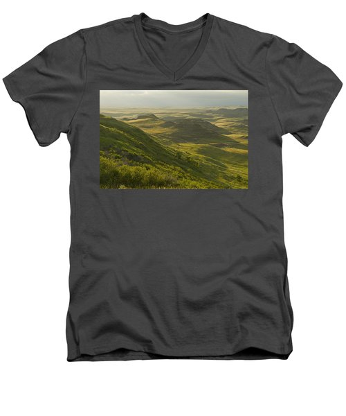 Killdeer Badlands In East Block Of Men's V-Neck T-Shirt by Dave Reede