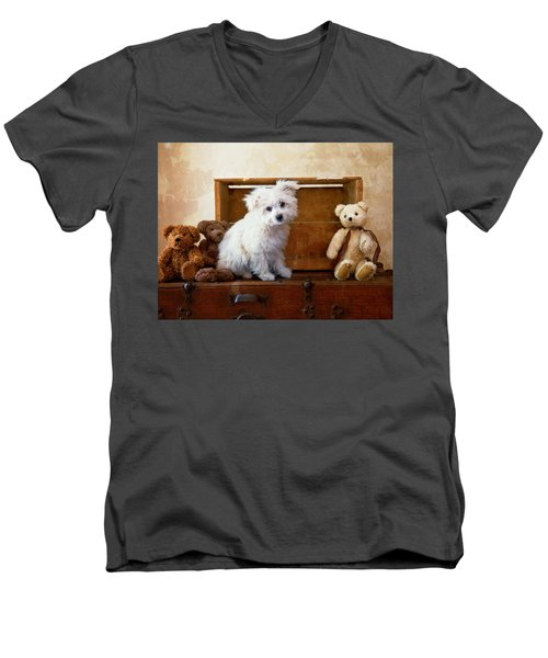 Men's V-Neck T-Shirt featuring the photograph Kip And Friends by Toni Hopper
