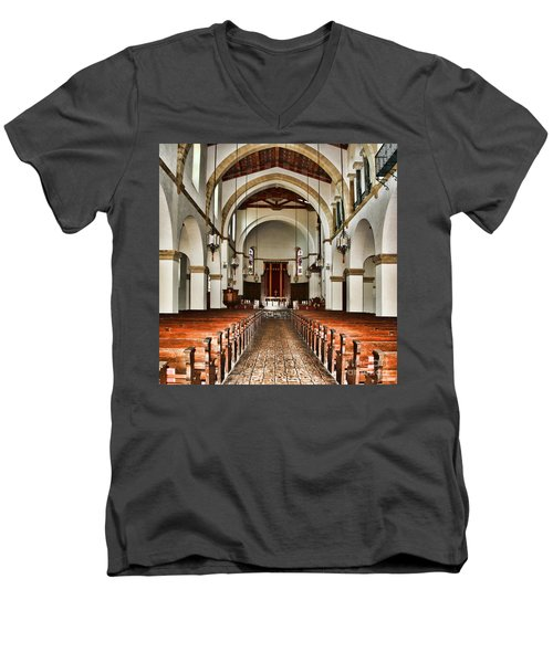 Knowles Memorial Chapel Rollins College 2 By Diana Sainz Men's V-Neck T-Shirt