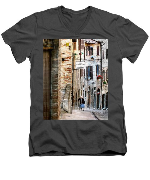 Lady In Urbino Men's V-Neck T-Shirt