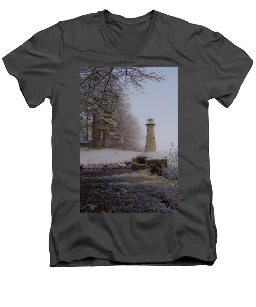 Lake Potanipo Lighthouse Men's V-Neck T-Shirt