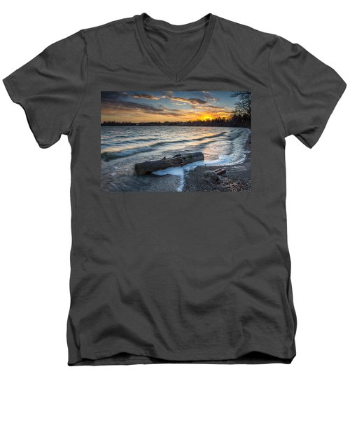 Lake Yankton Minnesota Men's V-Neck T-Shirt