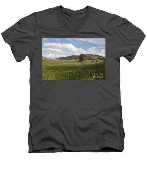 Men's V-Neck T-Shirt featuring the photograph Lamar Valley No. 2 by Belinda Greb