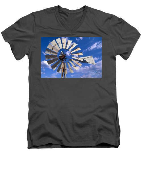 Large Windmill Men's V-Neck T-Shirt
