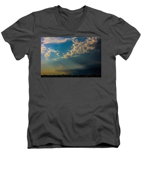 Late Afternoon Nebraska Thunderstorms Men's V-Neck T-Shirt