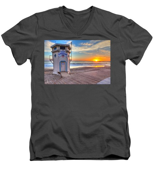 Lifeguard Tower On Main Beach Men's V-Neck T-Shirt