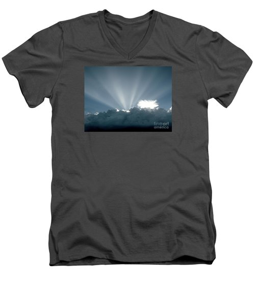 Lightplay Men's V-Neck T-Shirt