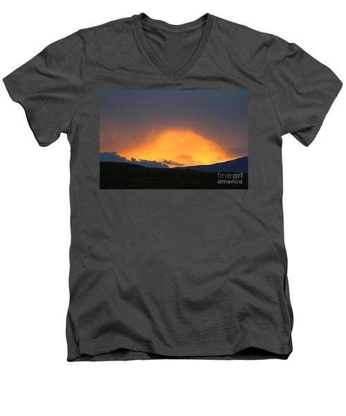 Livingstone Range Sunset Men's V-Neck T-Shirt