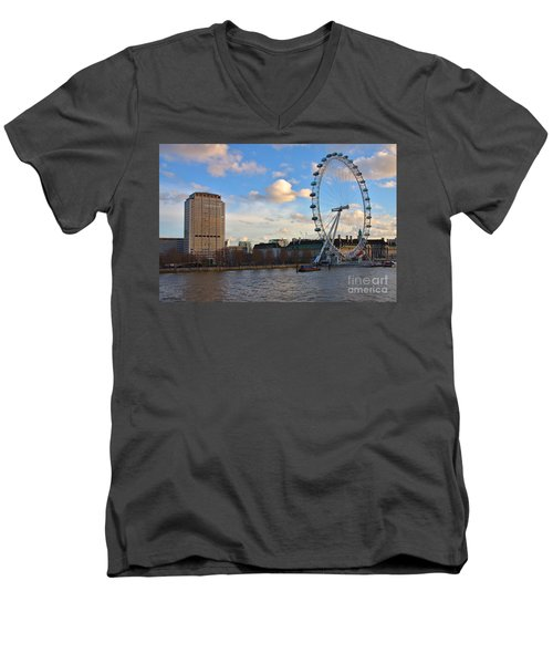 London Eye And Shell Building Men's V-Neck T-Shirt