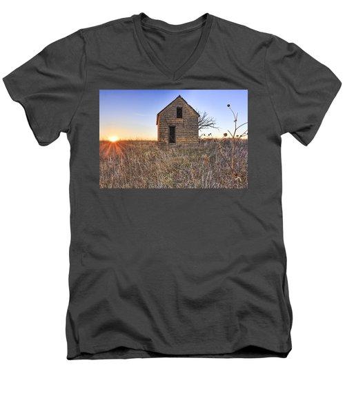 Lonely Homestead Men's V-Neck T-Shirt