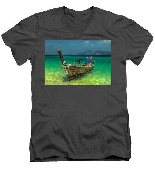 Longboat Men's V-Neck T-Shirt