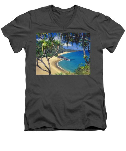 Lumahai Beach Men's V-Neck T-Shirt