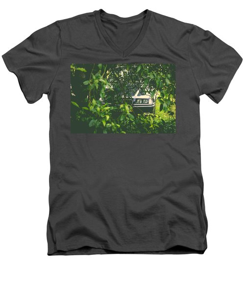 Lurking I Men's V-Neck T-Shirt