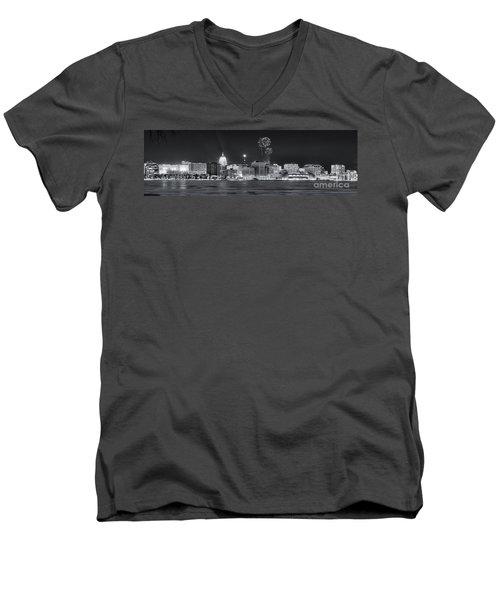 Madison - Wisconsin -  New Years Eve Panorama Black And White Men's V-Neck T-Shirt