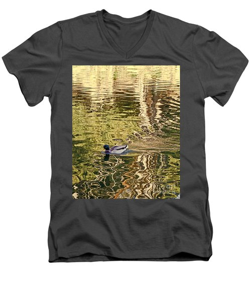 Mallard Painting Men's V-Neck T-Shirt