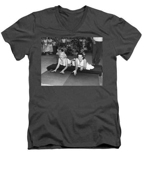 Marilyn Monroe And Jane Russell Men's V-Neck T-Shirt