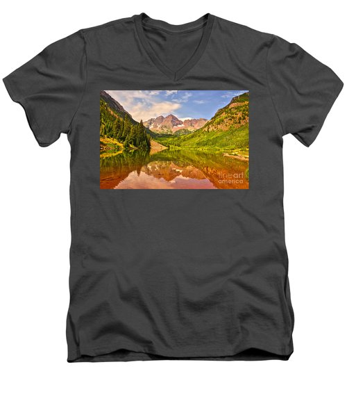 Maroon Bells Summer Men's V-Neck T-Shirt