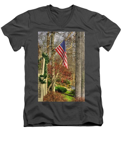Maryland Country Roads - Flying The Colors 1a Men's V-Neck T-Shirt