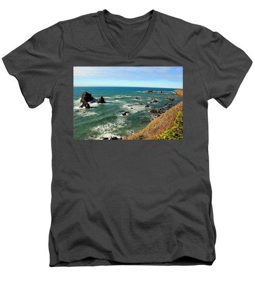 Mendocino Rocks Men's V-Neck T-Shirt