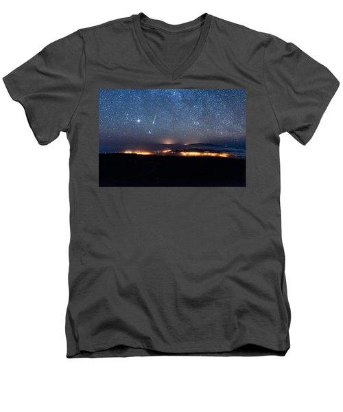 Meteor Over The Big Island Men's V-Neck T-Shirt