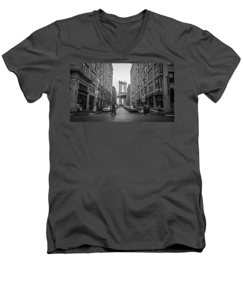Metro Men's V-Neck T-Shirt