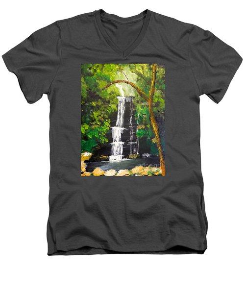 Minnumurra Falls Men's V-Neck T-Shirt