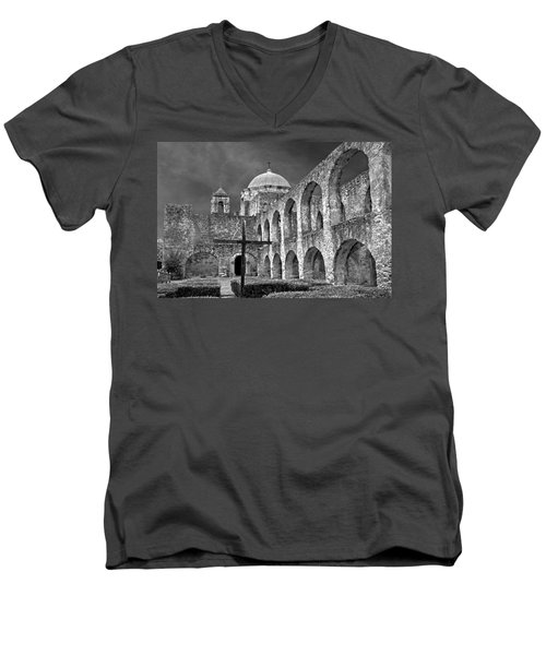 Mission San Jose Arches Bw Men's V-Neck T-Shirt