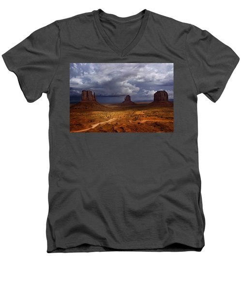 Monuments Of The West Men's V-Neck T-Shirt