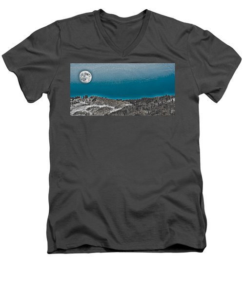 Men's V-Neck T-Shirt featuring the photograph Moonrise Over The Mountain by Don Schwartz