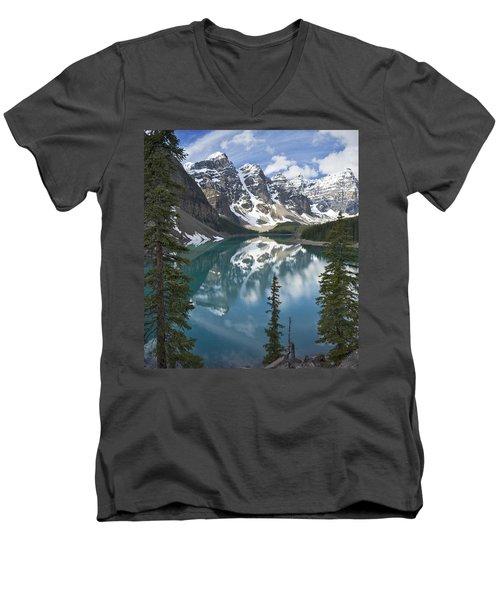 Moraine Lake Overlook Men's V-Neck T-Shirt