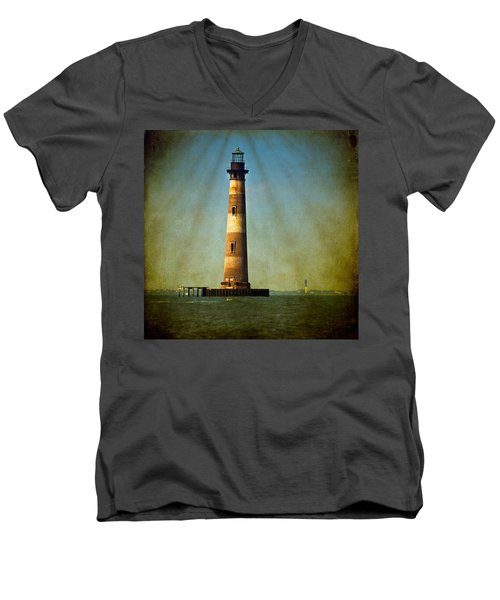 Morris Island Light Color Vintage Men's V-Neck T-Shirt