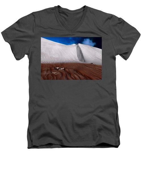 Nambung Desert Floor Men's V-Neck T-Shirt