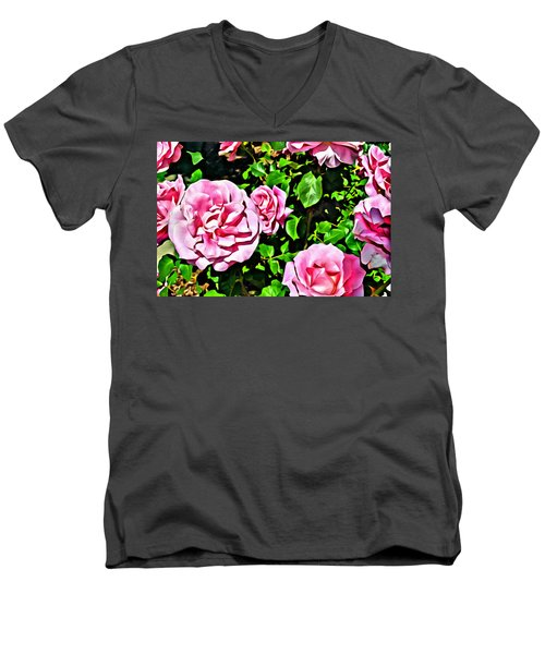 Nana's Roses Men's V-Neck T-Shirt