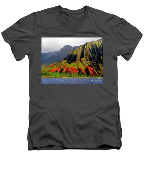 Napali Coast II Men's V-Neck T-Shirt