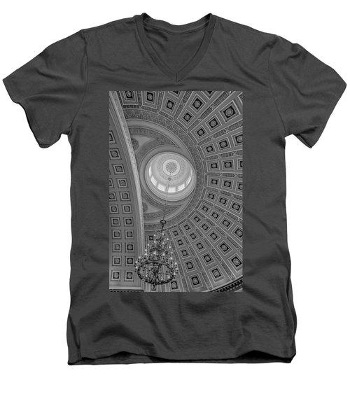 National Statuary Rotunda Bw Men's V-Neck T-Shirt