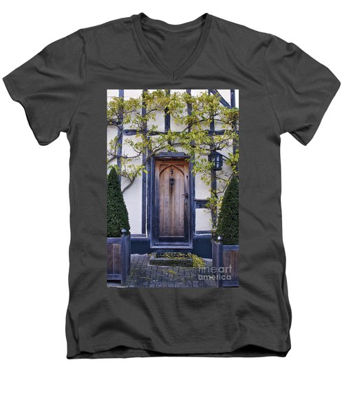 New Photographic Art Print For Sale Doorway 2 In Medieval Lavenham Men's V-Neck T-Shirt