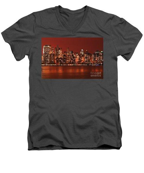 New York City Skyline In Red Men's V-Neck T-Shirt