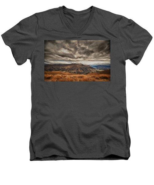 New Zealand Men's V-Neck T-Shirt