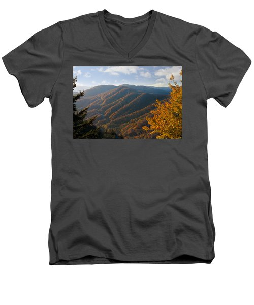 Newfound Gap Men's V-Neck T-Shirt