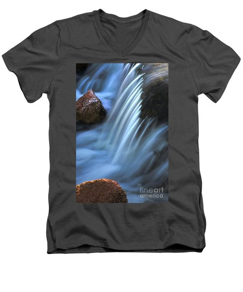 Night Falls Men's V-Neck T-Shirt